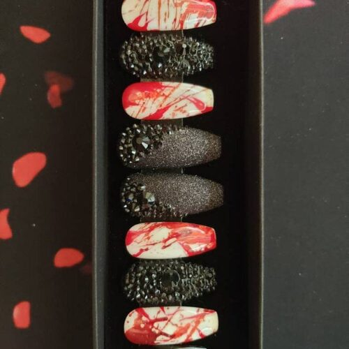 Halloween Night Massacre Press on Nails photo review