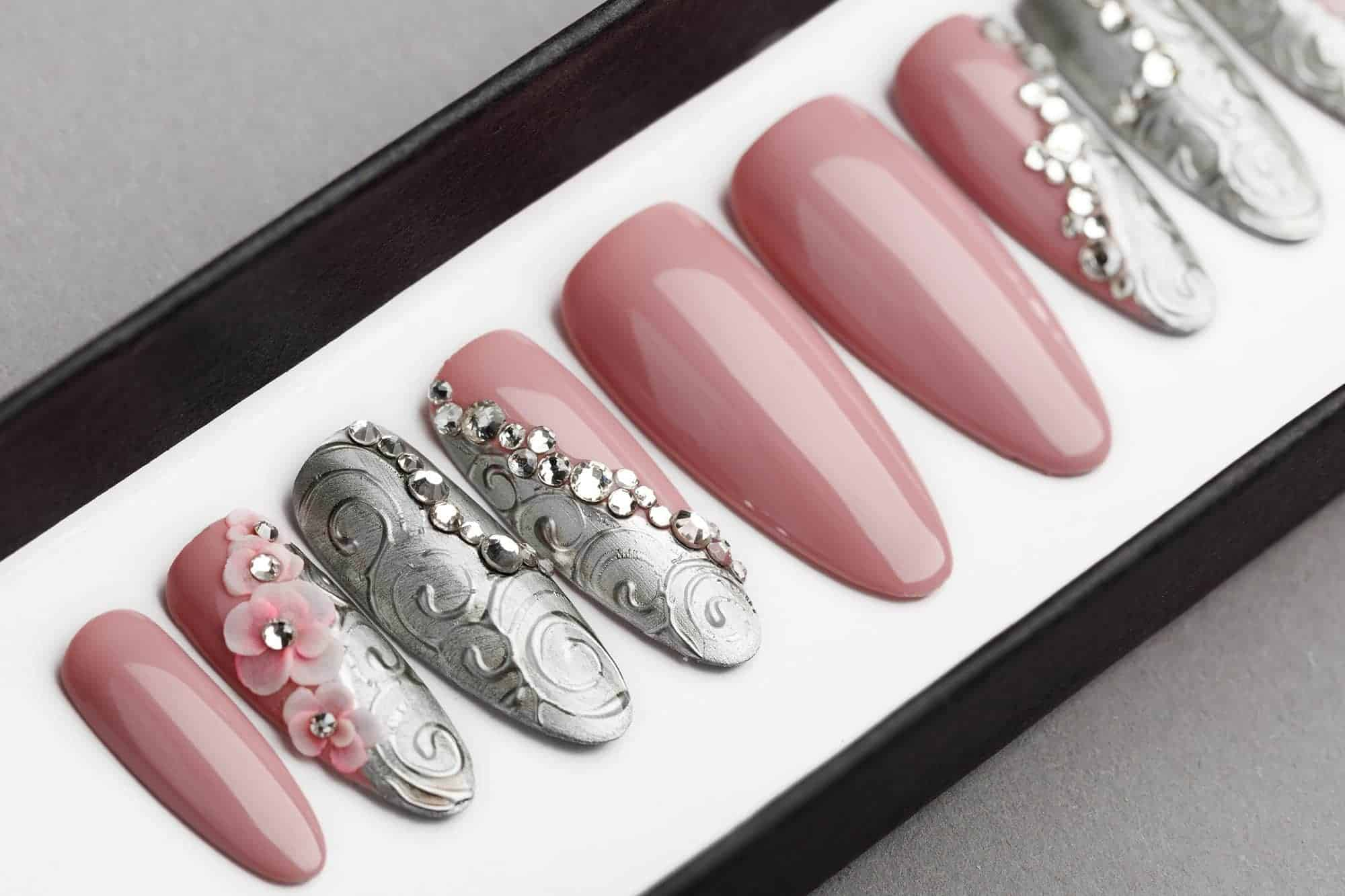 Silver Laces Press on Nails with Swarovski & Acrylic 3D