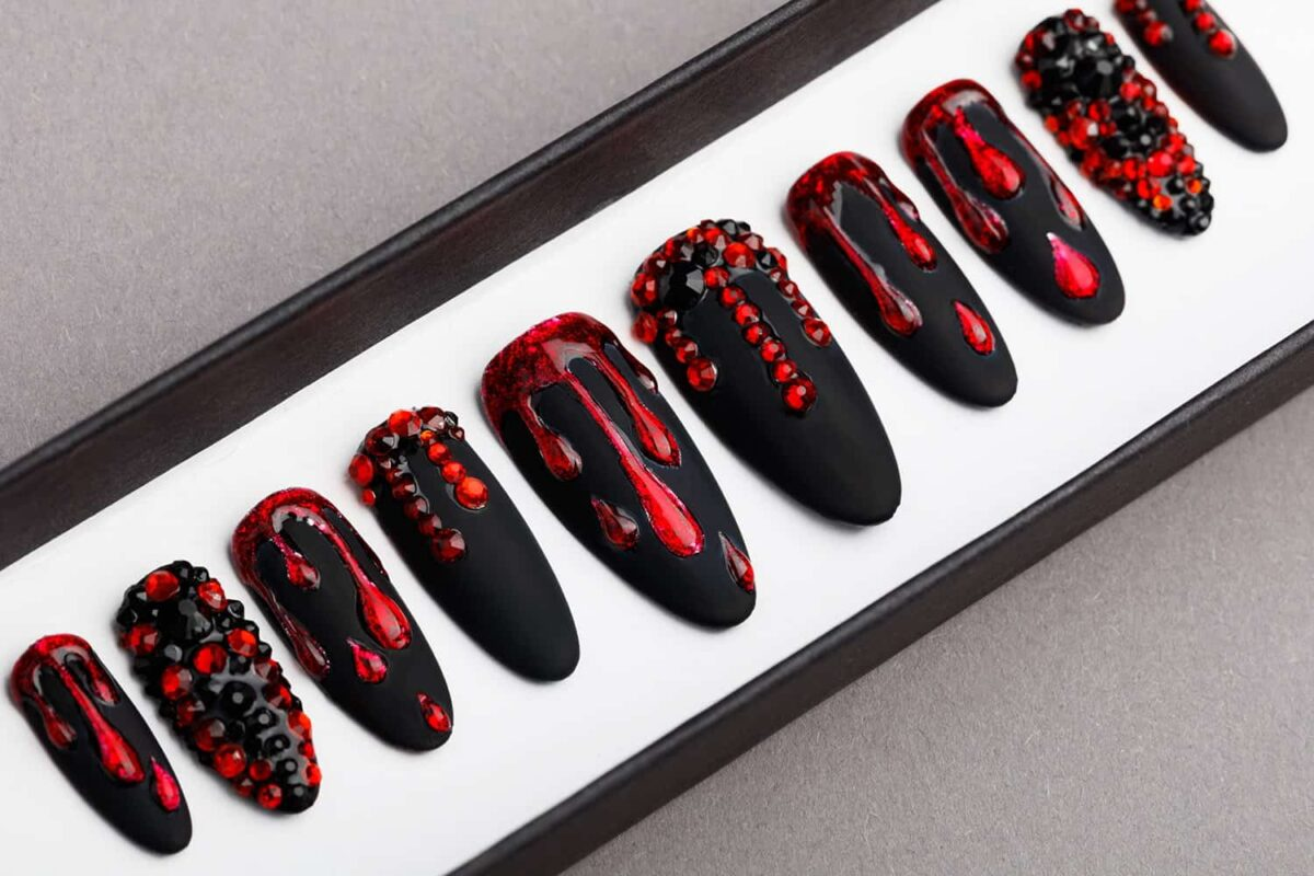 Black And Red Press on Nails with Swarovski Crystals | Gothic nails | Hand painted Nail Art | Fake Nails | False Nails