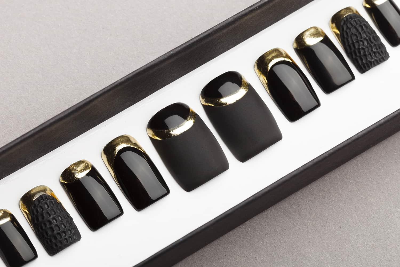 Black Matte and Gloss Press on Nails with Gold and Texture | Nail Art | Fake Nails | False Nails | Glue On Nails | Acrylic Nails