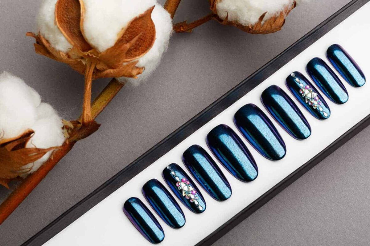 Blue and Purple Mirror Press on Nails | Nude Nails | Handpainted Nail Art | Fake Nails | False Nails | Unicorn Nails | Chrome nails