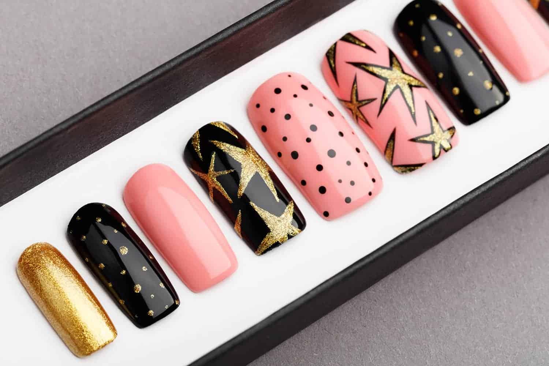 Celebration Press on Nails | Christmas nails | X-mas nails | Happy nails | Hand painted Nail Art | Fake Nails | False Nails
