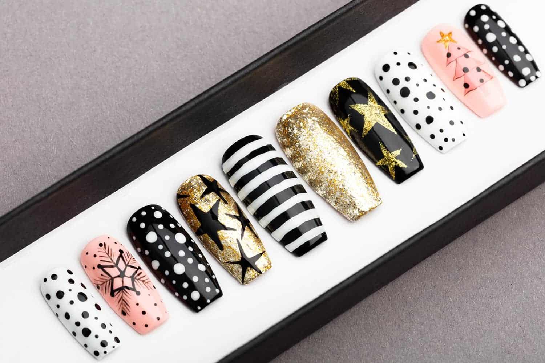Christmas Press on Nails | Winter nails | X-mas nails | Happy nails | Hand painted Nail Art | Fake Nails | False Nails