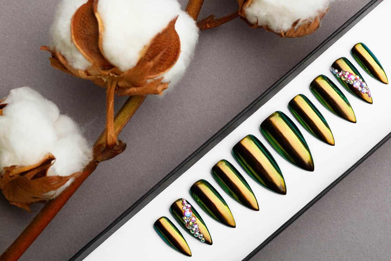 Green and Golden Mirror Press on Nails | Nude Nails | Handpainted Nail Art | Fake Nails | False Nails | Unicorn Nails | Chrome nails