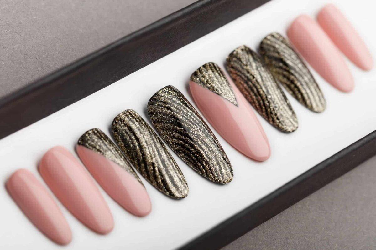 Golden Waves and Nude Press on Nails | Hand painted nail art | Fake Nails | False Nails | Bling Nails | Best Press on nails 2018