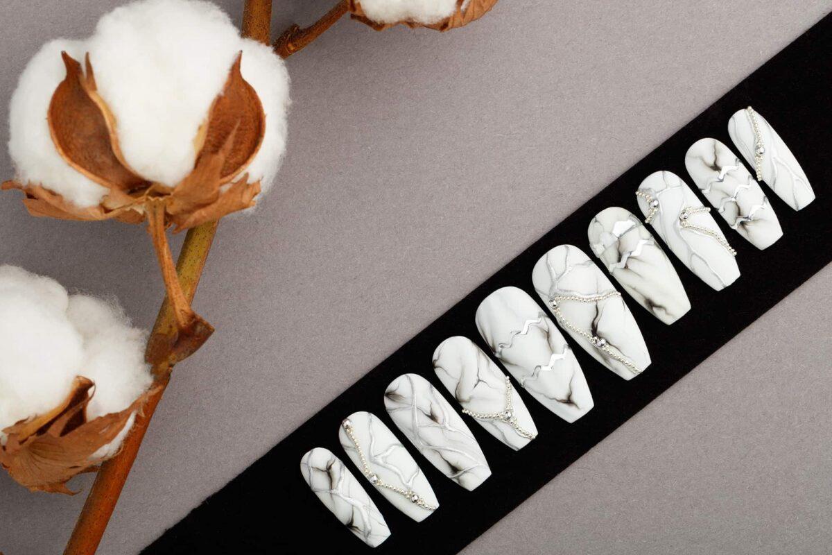 White Marble Press on Nails | Fake Nails | False Nails | Glue On Nails | Bianco Carrara | Handpainted Nail Art