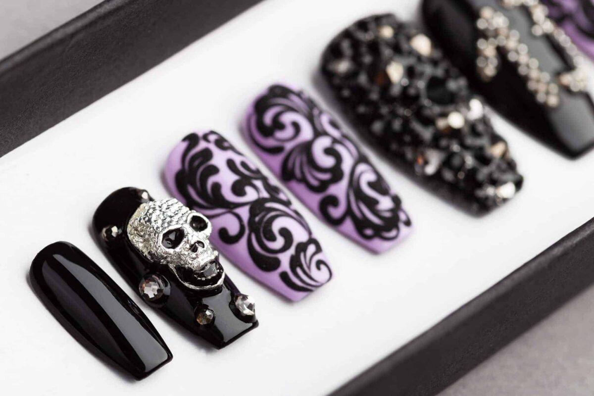 13 Monkeys Halloween Press on Nails with Swarovski Crystals | Gothic nails | Hand painted Nail Art | Fake Nails | False Nails | Rock Nails
