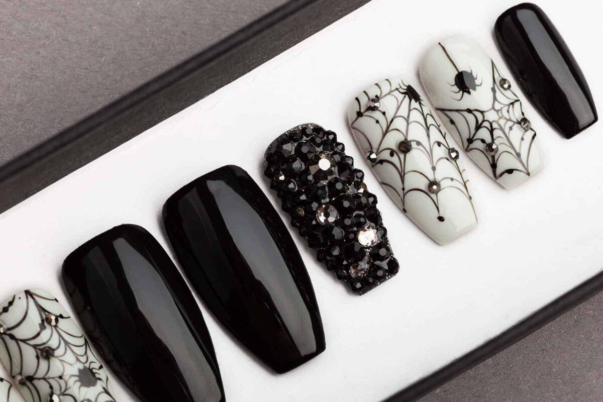 Spiders & Nets Halloween Press on Nails with Swarovski Crystals | False Nails | Glue On Nails | Hand-painted Nail Art | Fake Nails