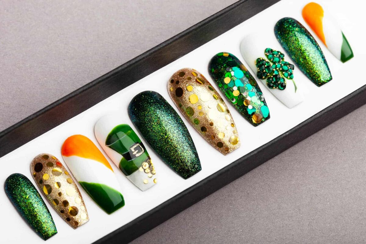 Saint Patrick's Day Press On Nails | Swarovski crystals | Nail Art | Fake Nails | False Nails | Glue On Nails